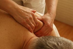 massage-389716_960_720